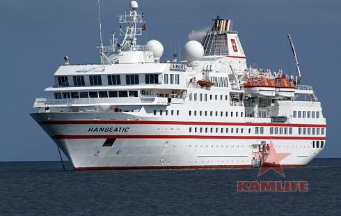 hanseatic_cruise_ship_by_lomapatta_stock.jpg